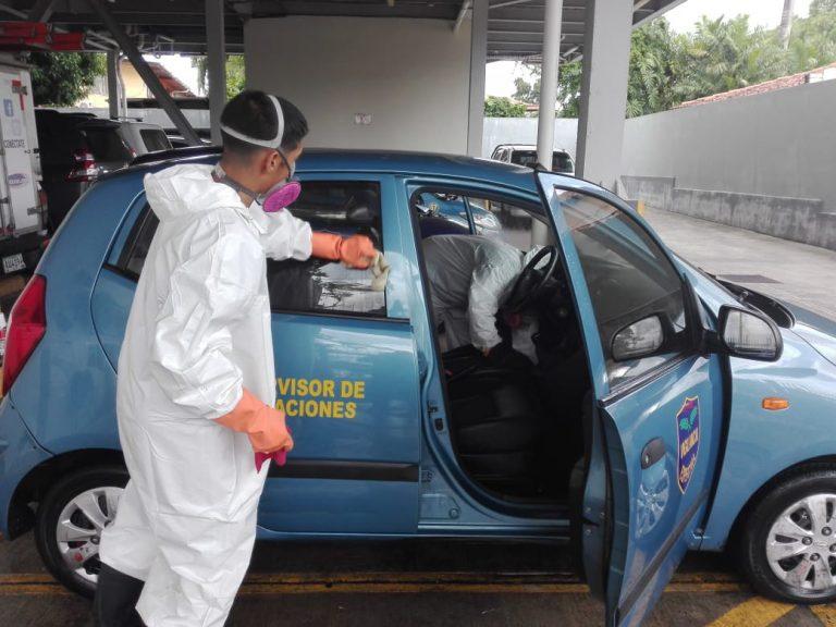 Limpieza de vehículo en Panamá